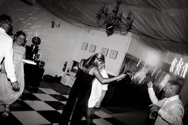 dancing guests having fun at warwick house wedding