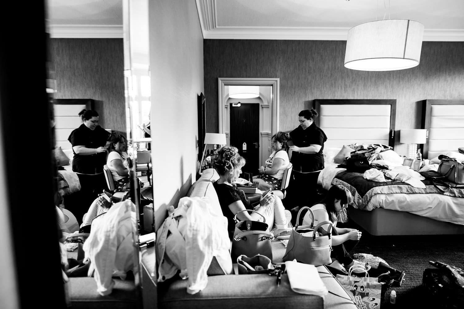 Warwickshire Wedding Photographers capture bridal preparations in Chesford Grange hotel room